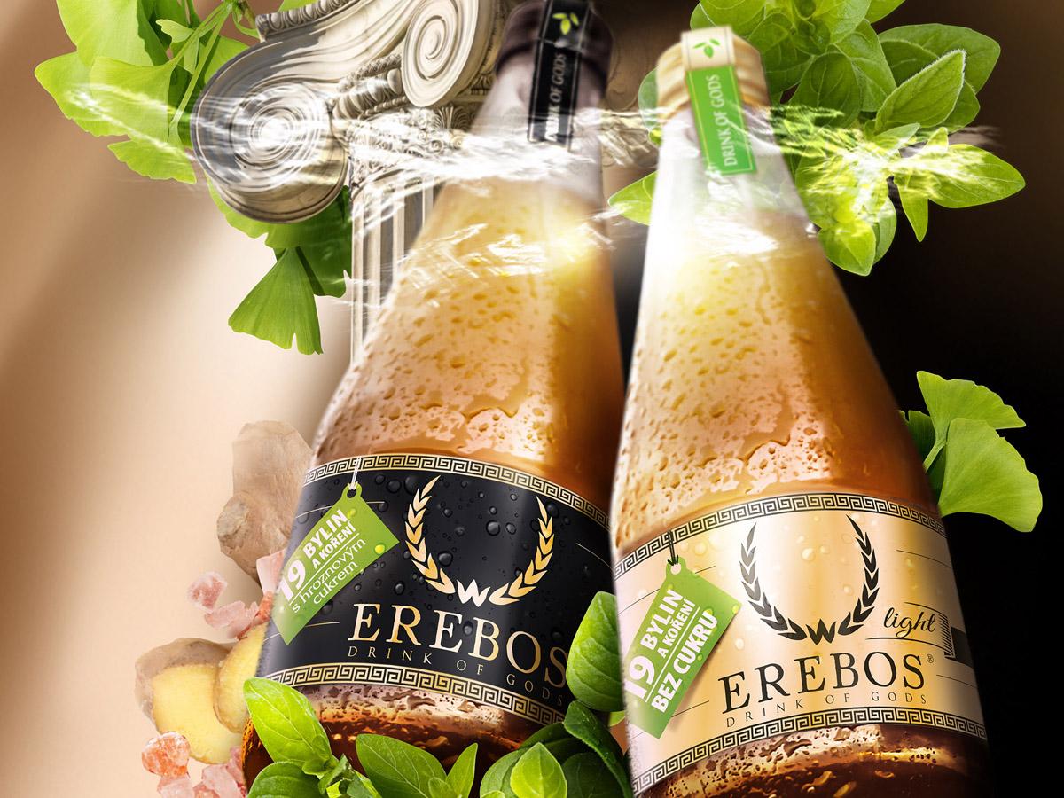 Grafický návrh etikety pro láhev energetického nápoje.